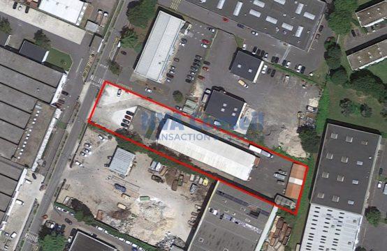 Site indépendant – 1000 m² divisibles sur 3500 m² de terrain.
