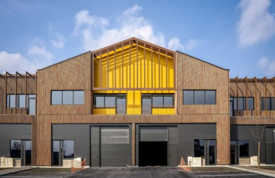 Locaux d'Activités – Entrepôts à partir de 521 m²
