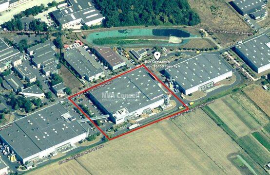 Entrepôt – Activités – 8735 m²