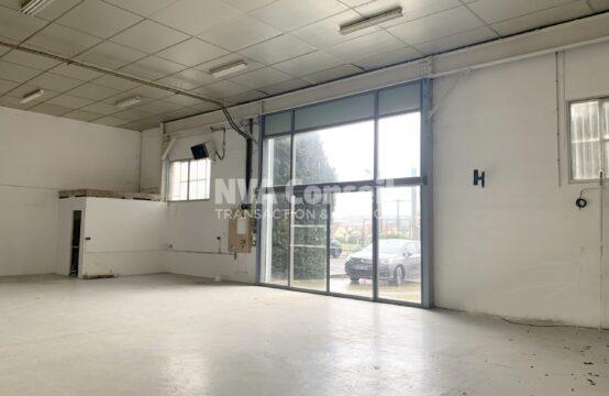 Local Show Room Activités ERP – 318 m²