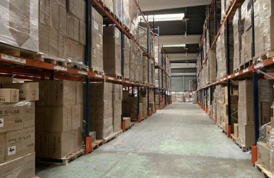 Activités Entrepôts avec cour privative – 1200 m²